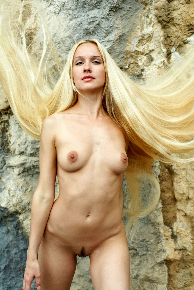 Can busty nudist posing naked rocks simply magnificent