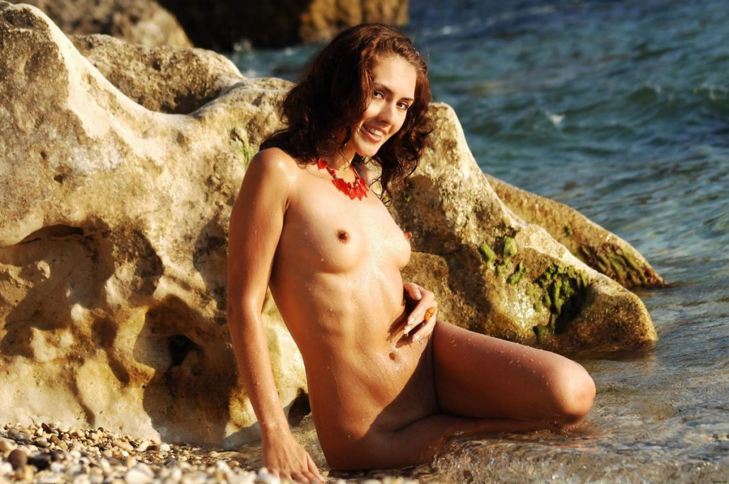 Milena D Nude Pebble Beach Thenude 1